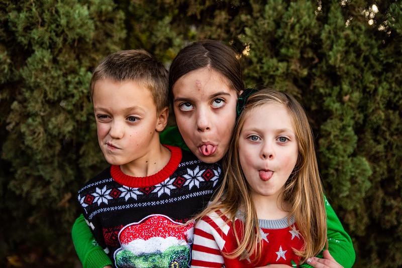 Christmas Sweater Cousins 2020-6799.jpg