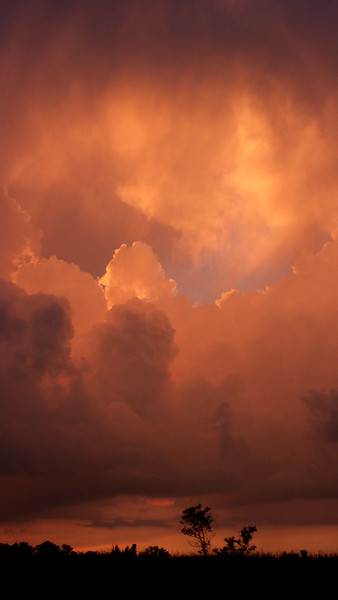 red-clouds-dawn_8777581389_o.jpg
