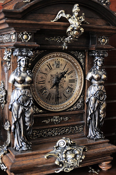 D3S_8417 Antique Clock Emporium.jpg