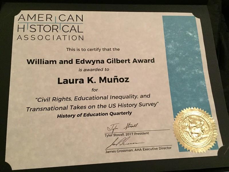 Munoz Award 03.jpg