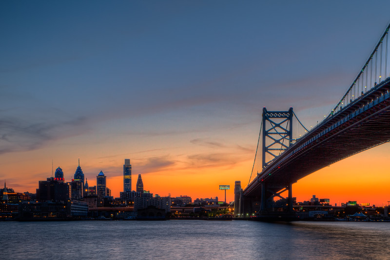 sil phil skyline sunset 74892-.jpg