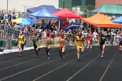D3 Boys' 400 Meter Finals - 2014 MHSAA LP T&F Finals