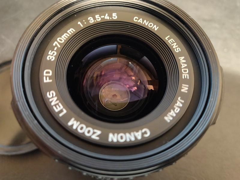 Canon FD 35-70mm 3.5-4.5 Macro - Serial X401 & 1013619 006.jpg
