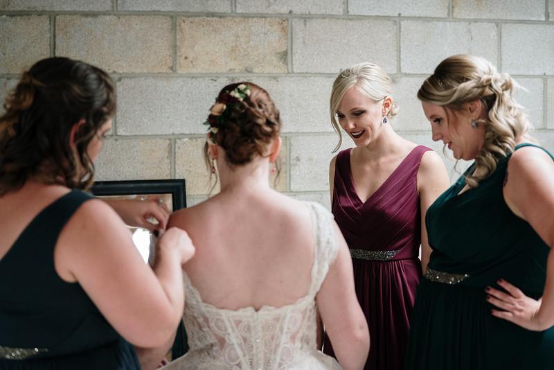 rustic_ohio__fall_barn_wedding-65.jpg