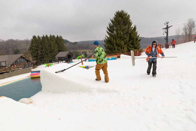 Pool-Party-Jam-2015_Snow-Trails-779.jpg
