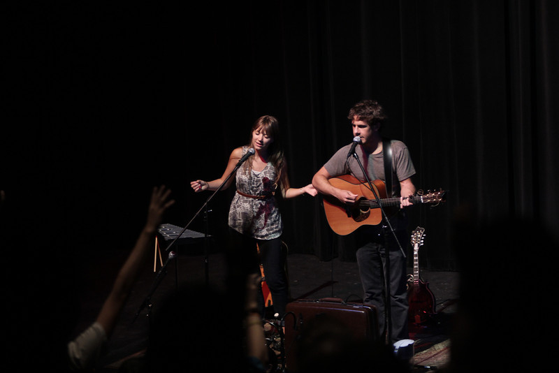 Jenny & Tyler lead worship at the Verge on Tuesday and performed a concert afterwards.