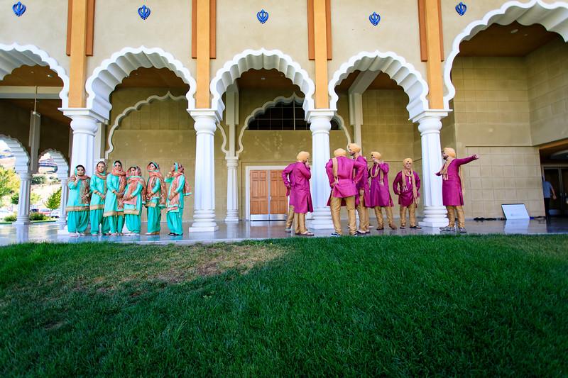 Neelam_and_Matt_Gurdwara_Wedding-1213.jpg