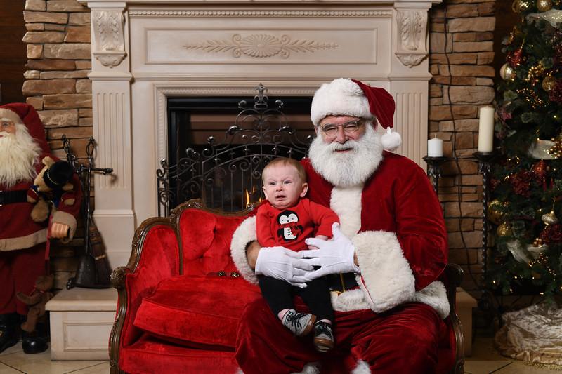 Santa2018.TylerBoye.-84.jpg