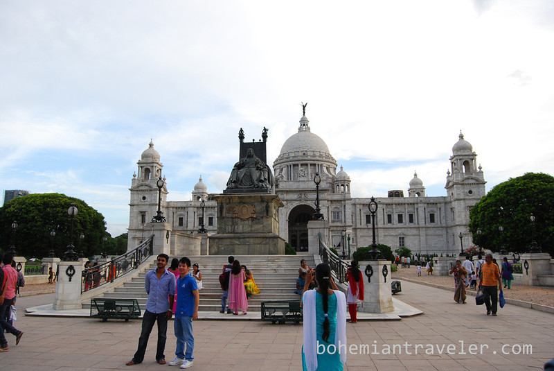 Victoria Memorial north side Calcutta.jpg