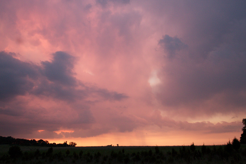 red-clouds-dawn_8784177764_o.jpg