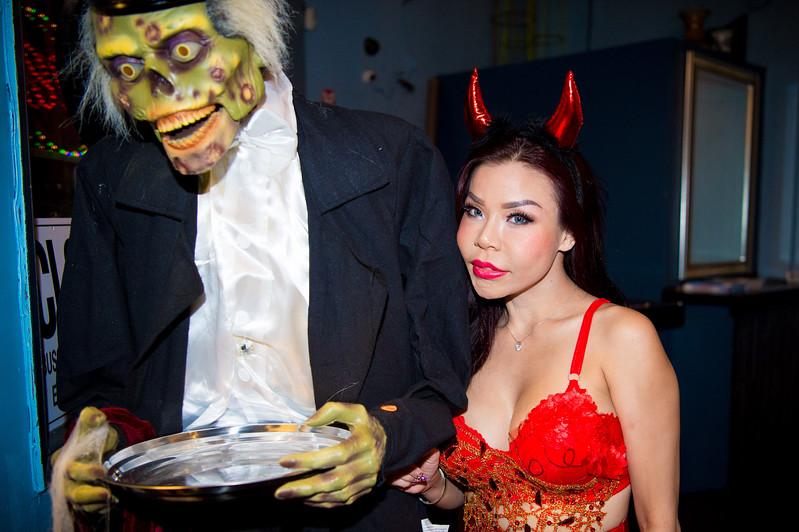 171027 TQ's Halloween Party 0047.JPG