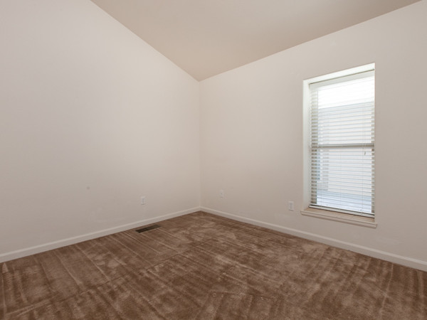 1212 Walnut Ave Unit 6 MLS-9.jpg