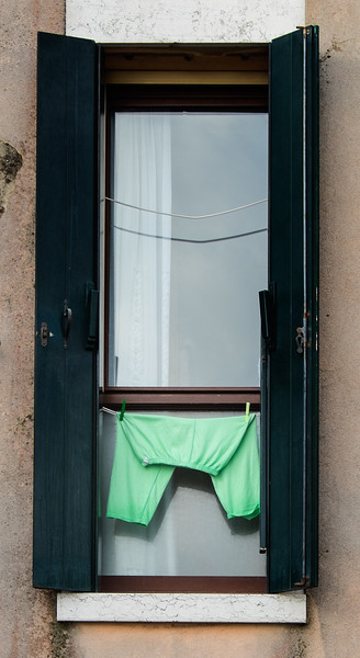 Hung out to Dry 1405210887.jpg