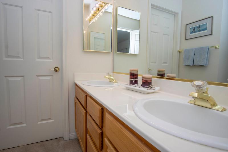 bathroom 1 jack and jill.jpg