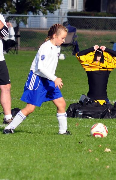 plainville u-11 girls soccer 10-17-10-052.jpg