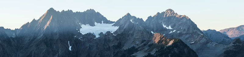 Great Tombstone Mountain