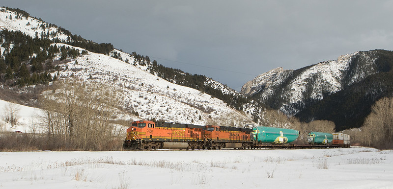 7668 with the H-LAUPAS104 at Bozeman Trail Rd.