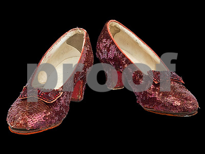 smithsonian-launches-kickstarter-campaign-to-repair-dorothys-ruby-slippers-from-the-wizard-of-oz