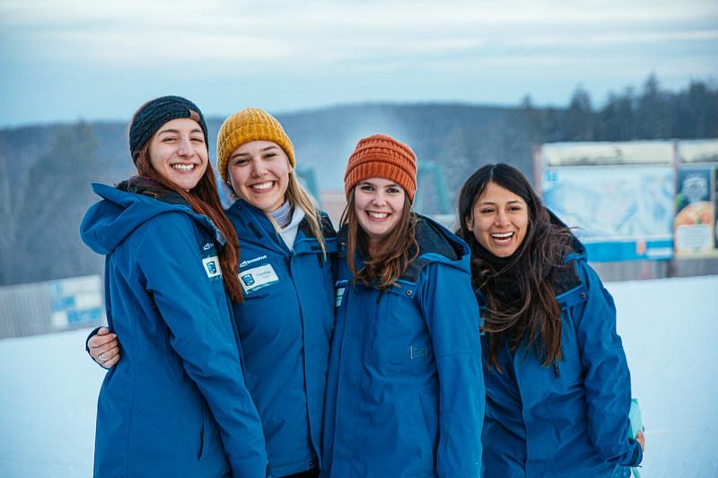 2020-02-15_SN_KS_Ski School Group Pic-4474.jpg