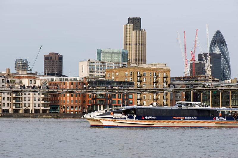 Thames River and city skyline, ondon, United Kingdom