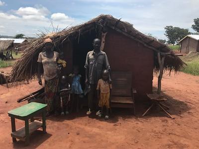A returned family enjoying shelter assistace in Mambéré-Kadei