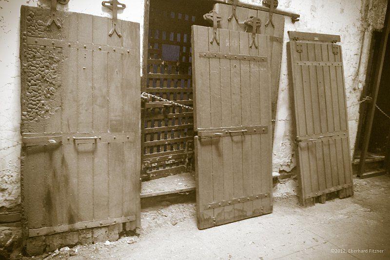 esp_doors_01_30_20141019_2048392528.jpg