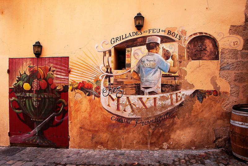 Street mural in Aix-en-Provence