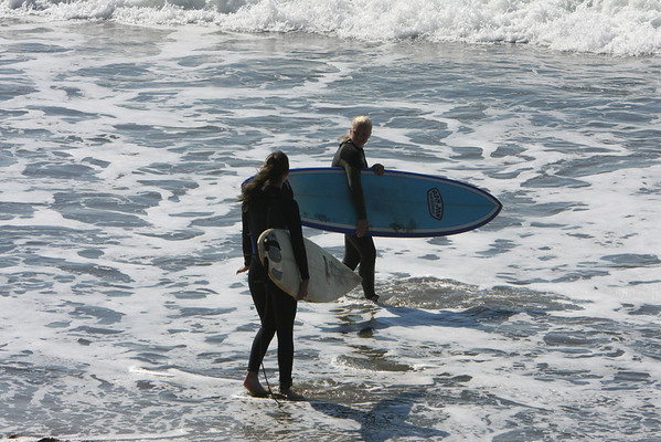 101011 Carly Alli Surfing