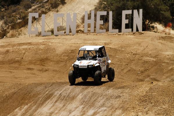 R9: Dirt Series UTV Open 200 - Trophy Karts