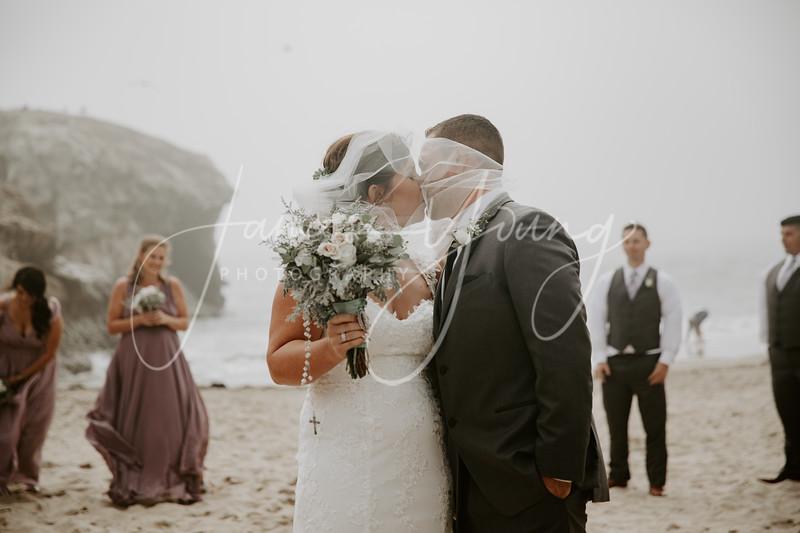 des_and_justin_wedding-2033-3.jpg