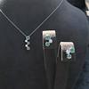Tiffany & Co. Diamond and Tsavorite Bubble Pendant 25
