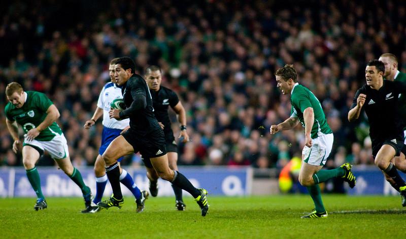 Mils Muliana makes a break during the International rugby test with Ireland against the New Zealand All Blacks at Aviva Stadium Dublin. November 2010