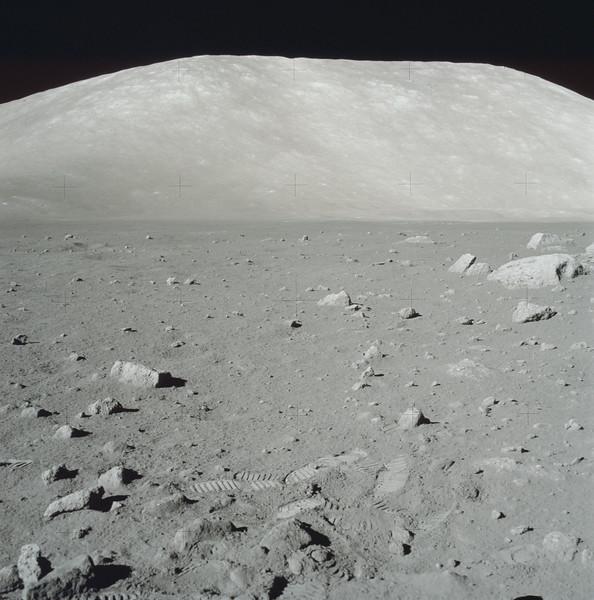 AS17-145-22169HR.jpg