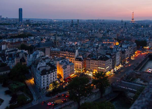 BENEFIT FOR PARIS 2015