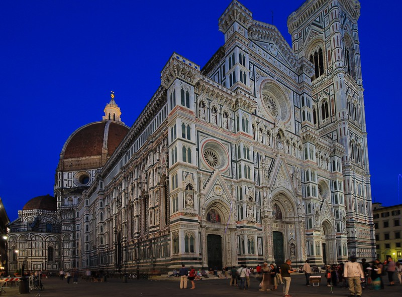 At night the greenish marble in the Florence Cathedral (called the Duomo) mixes with the halogen lighting to produce an odd color that looks almost irridescent.