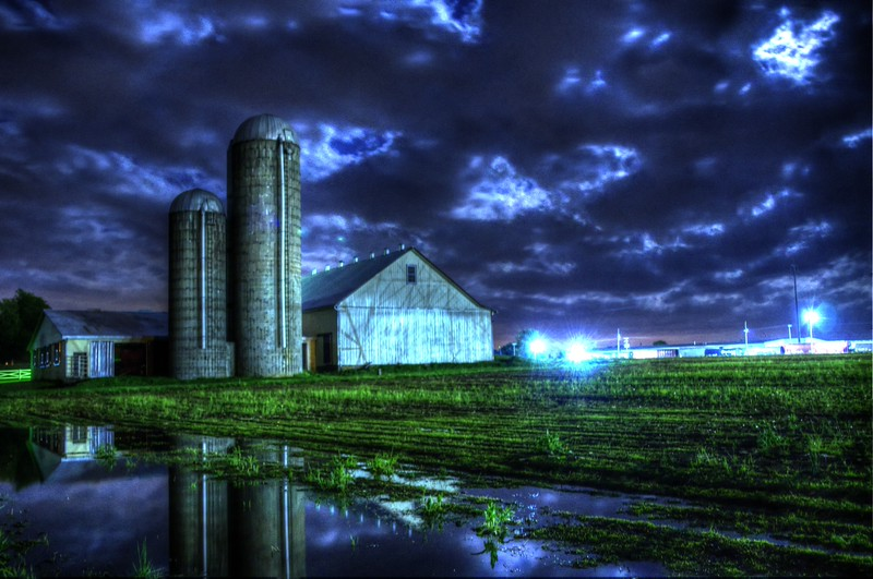 puddle - night barn landscape.jpg