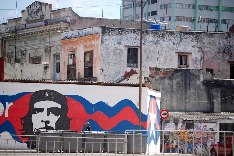 Havana streetscape - Lou Tucciarone