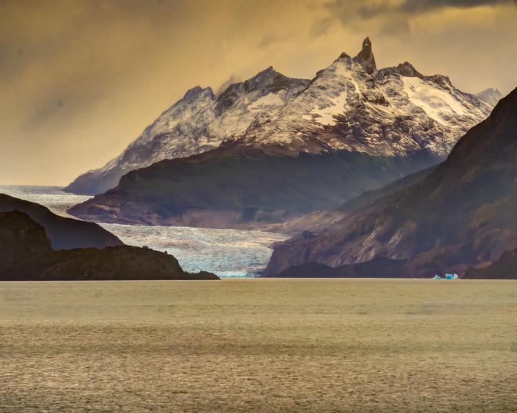Patagonia 2018-01945_6_7hdr.jpg