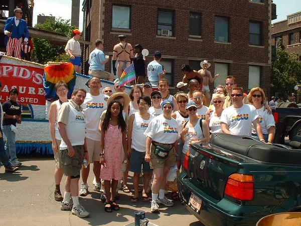 Pride Parade 2001-97.jpg