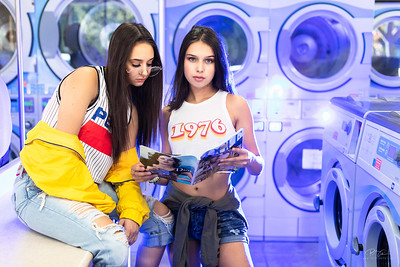 Kaitlyn & Cierra - Laudromat