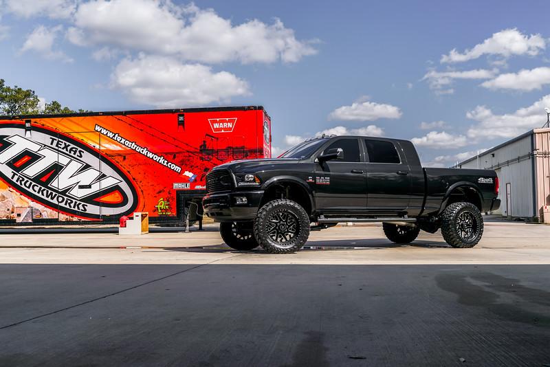 @TexasTruckWorks 2018 Dodge Ram 2500 22x12 CHOPPER-20190128-179.jpg