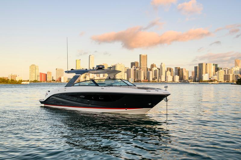 2021-SLX-R-400-e-Outboard-profile-03.jpg
