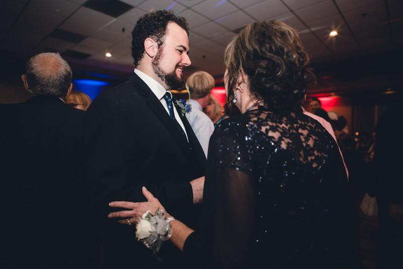 Chicago Wedding Engagement Photographer 1758.jpg