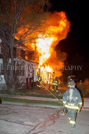 Detroit Box Alarm: Van Dyke & Sylvester 4/9/17