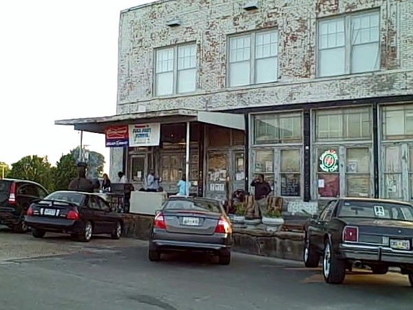 Blues Source, Clarksdale April 15, 2010 0 01 10-15.jpg