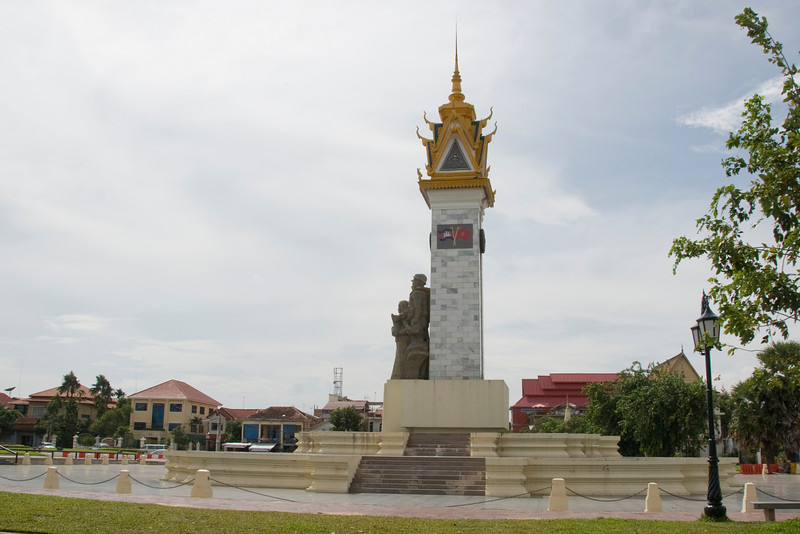 Landscape view of the Cambodia–Vietnam Friendship Monument in Phnom Penh