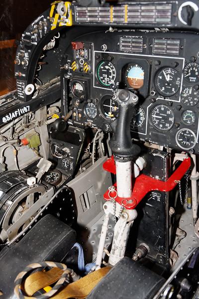 FMA 1A58 Pucara - Cockpit