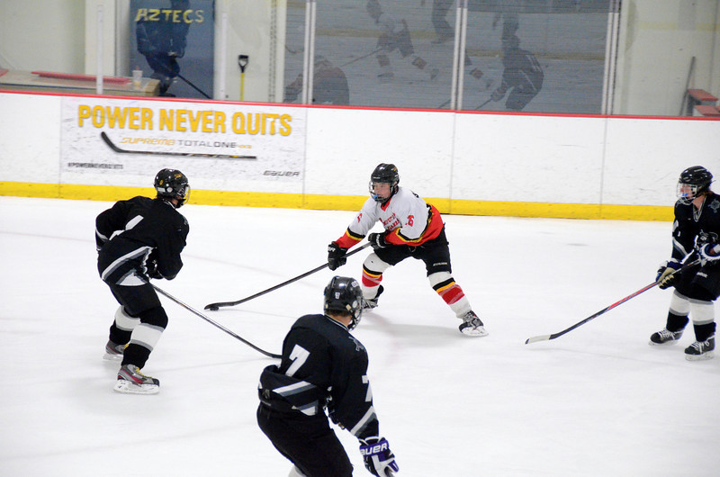 131009 Flames Hockey-034.JPG