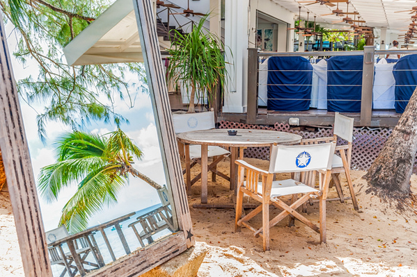 The Lone Star Restaurant on Barbados beach