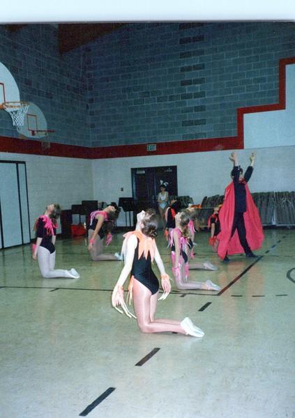 Dance_2068_a.jpg